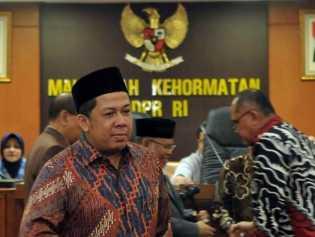 Makin Seru, Presiden PKS di Laporkan Fahri Hamzah ke MKD DPR