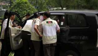 Bertubi-Tubi Anggotanya Jadi Tersangka KPK, Pimpinan DPR Sampaikan Keprihatinan