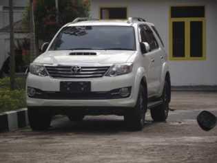 Kasus Mobil Dinas Fortuner DPRD Rohil di lImpahkan ke Kejati Riau