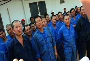 Jokowi Resmi Terbitkan Perpres Atur Tenaga Kerja Asing di RI