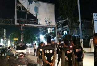 DPRD Pekanbaru Anggap Pemko Tak Serius Potong Bando Jalan Ilegal