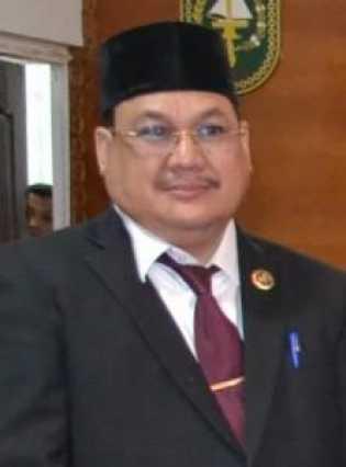 Berkas Bupati dan Wakil di Bupati Rohil di Serahkan ke Gubri Riau