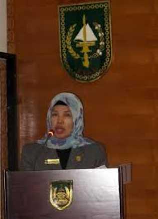 Dewan Minta Putra Daerah Yang Sudah di Biayai Beasiswa Pulang Ke Rohil