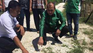 Bagun Gapura Desa Dengan Uang ADD, Menteri Desa Tegur Bupati Kampar