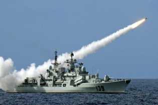 China Kerahkan Rudal Canggih ke Laut China Selatan