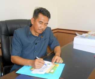 Wakil Rakyat Sorot Perusahaan Tak Pasang Plang Proyek