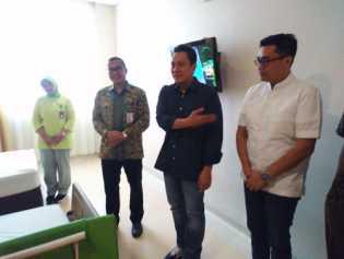 Ketum PKPI, Diaz Hendroprioyono Kunjungi RS Awal Bros Sekaligus Temu Kader se Riau.