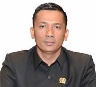 Anggota Dewan Ini Minta KPK Periksa Anggota DPRD Riau