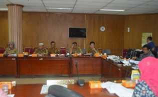 Tak Mau di Bilang Tak Becus, Dewan Riau Semprot Kadis dan Kepala Badan di Riau