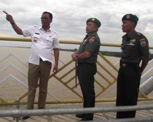 Bupati Janji Dua Jembatan Pedamaran Rohil Akan di Resmikan
