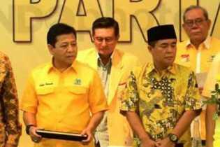 Mengejutkan, Ade Komarudin Mundur, Setya Novanto Terpilih Ketua Umum Golkar 2014-2019