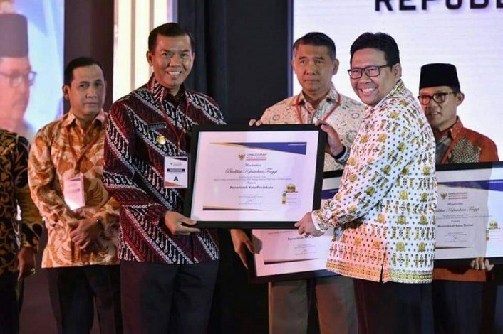 Pekanbaru Raih Penghargaan Terbaik Nasional di Bidang Pelayanan Publik