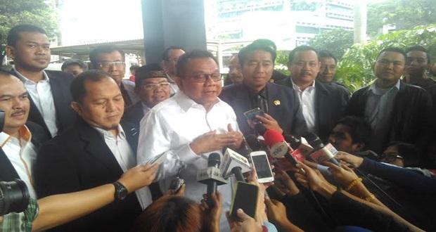 Ketua dan Wakil Ketua DPRD DKI Hadiri Pangilan KPK