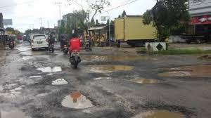 DPRD Sorot Jalan Rusak di Pekanbaru