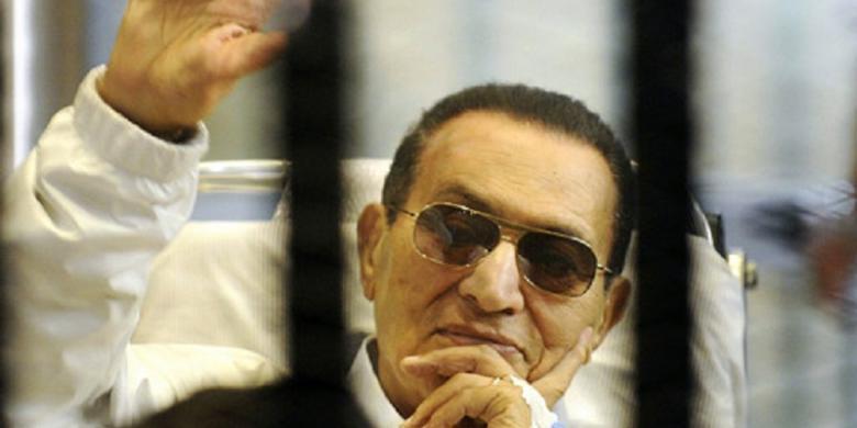Mantan Presiden Hosni Mubarak di Vonis Bebas