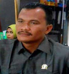 Dewan Ini Mengaku Senang Jalan Kecamatan Pekaitan di Perbaiki