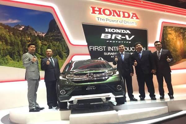 Honda BR-V Misty Green Pearl Diperkenalkan Ke Publik